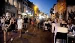 Gentse Overpoort opent na zes maanden en loopt meteen vol, politie grijpt in: straat afgesloten, cafés gevraagd vroeger te sluiten