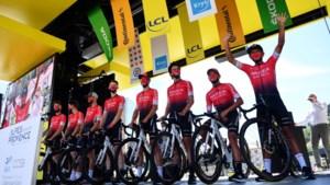 Ploegdokter en kinesist van wielerteam Arkéa-Samsic blijven in de cel, renners verhoord