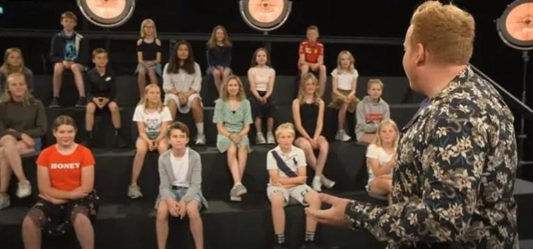 """Ophef over tv-programma dat naakte lichamen toont aan kinderen: """"Walgelijk"""""""