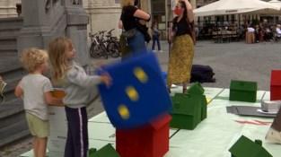 Documentaire filmfestival Docville pakt uit met XL spelbord op Grote Markt in Leuven