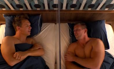 """Dirk Van Tichelt is open over zijn seksleven en stelt zich vragen bij het loon van voetballers: """"Hoeveel villa's wil je?"""""""
