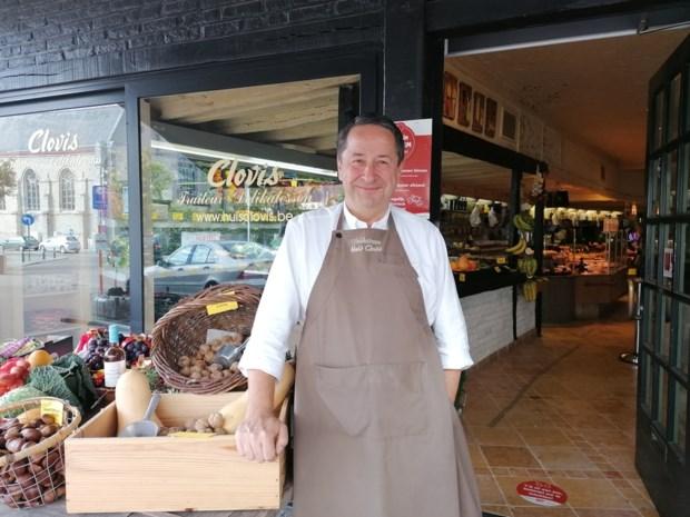 """Ex-garagist Carl Veys (53) neemt bekende delicatessenzaak over: """"Ik maak Clovis klaar voor de toekomst"""""""