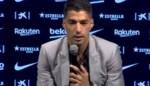 Luis Suarez neemt op persconferentie in tranen afscheid van Barcelona