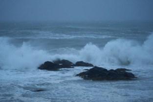 Pier en staketsel het hele weekend afgesloten voor storm Odette