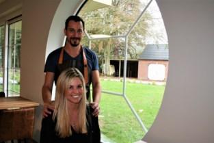 Kaylee en Jürgen geven hun job op om hun droom waar te maken: een restaurant openen… in een seniorenresidentie