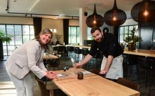 """Brasserie De Bosduif telt in weekend derde meer bezoekers dan voor corona: """"Met open keuken zien gasten hoe proper we werken"""""""