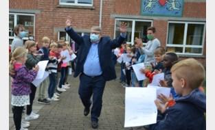 Directeur Marc (60) neemt afscheid van zijn leerlingen en basisschool Het Groene Lilare