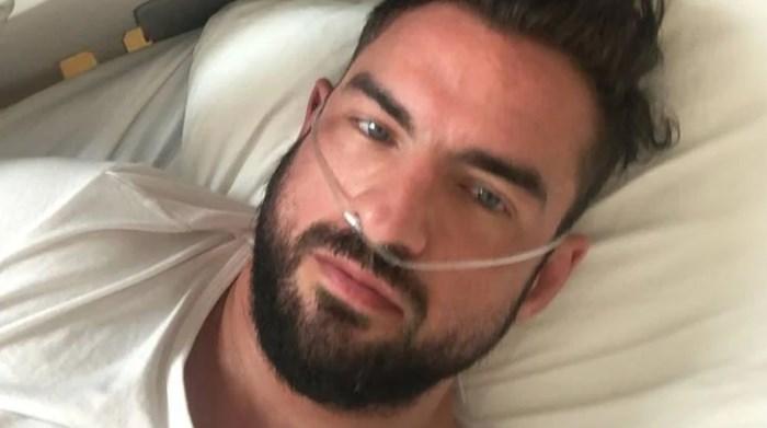 """""""Je wordt betaald om in het ziekenhuis te liggen"""": coronapatiënt Matthieu (37) wordt overstelpt met haat- en doodsberichten"""