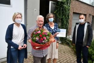 """Jos Hellemans (89) uitgeroepen tot 'beste buur' in Mortsel: """"Bij familie kan je wegblijven, buren zie je alle dagen"""""""