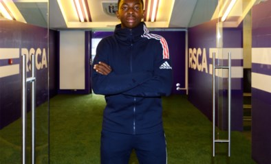 Jeugdproduct Marco Kana (18) verlengt tot 2025 bij Anderlecht, dat afscheid neemt van clubdokter