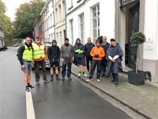"""Bedevaarders stappen alsnog 82 kilometer naar Halle, en """"we moeten met de fiets terug"""""""