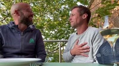 """Voor de verhuis naar Zweden, staan Mathias en Staf nog samen op de set: """"Die Hollanders zullen wel denken: wat voor rotzakjes zijn die twee broers?"""""""