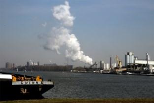 Gentse havenbedrijven vangen CO2-uitstoot op en zetten ze om in nieuw product
