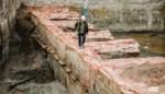 """Archeologen leggen lunet uit 19de eeuw bloot in Brederodestraat: """"Belangrijke vondst"""""""