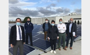 Politiezone Vlas legt dak vol zonnepanelen