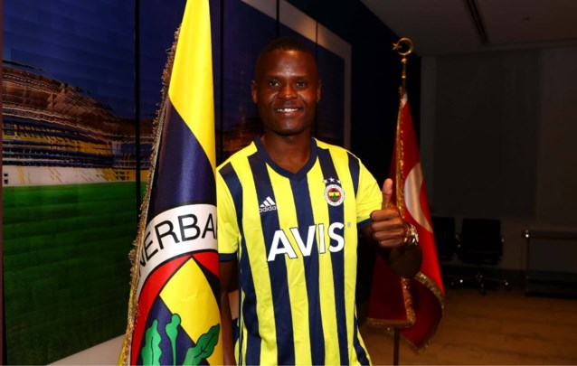 Officieel: ex-Genkspits Ally Samatta tekent voor vier seizoenen bij Fenerbahçe