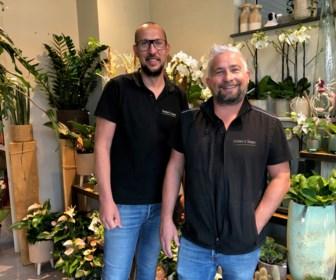 """Dave en Nico in de bloemetjes gezet omdat ze werkloze zelfstandigen aan het werk zetten in lockdown: """"We wilden gewoon onze klanten blij maken"""""""