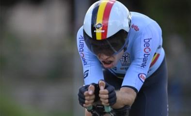 Beresterke Wout van Aert knalt naar zilver op WK tijdrijden, Filippo Ganna pakt de wereldtitel in eigen land
