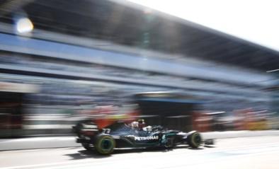 Mercedes F1 team domineert eerste dag op GP van Rusland