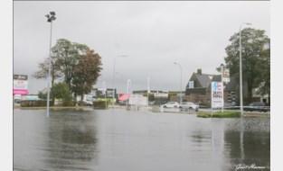 Odette veroorzaakt wateroverlast langs N70: fietspaden en parking staan blank