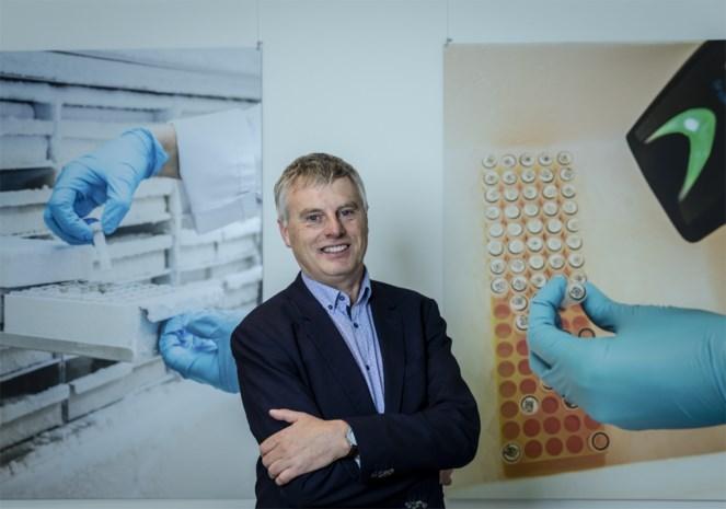 """Viroloog tempert verwachtingen: """"Zelfs mét vaccin nog tot na volgende zomer coronamaatregelen"""""""