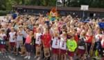 """Succesvolle hindernissenloop vervangt traditionele scholenveldloop: """"Lopen hoeft allesbehalve saai te zijn"""""""