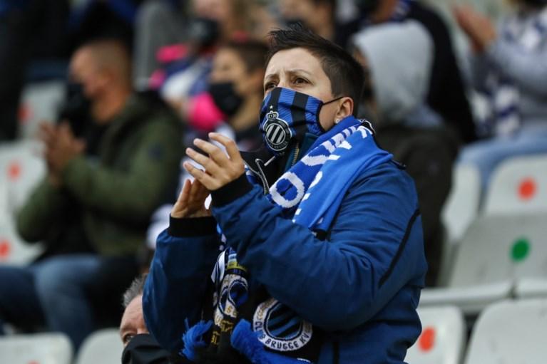 Cercle-keeper Miguel Van Damme krijgt staande ovatie van publiek Club Brugge na leukemie-diagnose