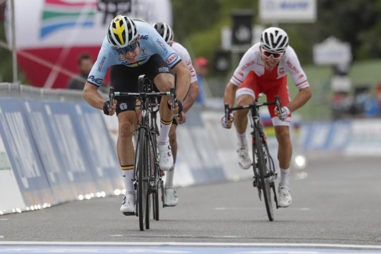 Opnieuw zilver voor Van Aert: beresterke Julian Alaphilippe kroont zich tot wereldkampioen in Imola