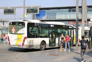 De Lijn legt vijf extra bussen in voor Wase schoolkinderen