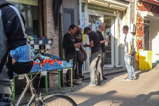 Politie begint opkuis Korte Zavelstraat: twintig pv's op twee dagen tijd