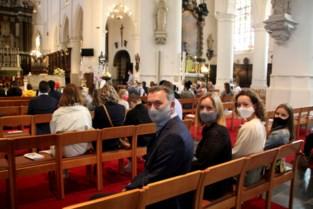 Heilig Vormsel met wattenstaafjes en livestreaming