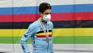 """Wout van Aert keert met wrange nasmaak terug uit Imola: """"Twee keer zilver is moeilijk te accepteren"""""""