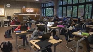 Iedere leerling zijn eigen laptop op Koninklijk Atheneum