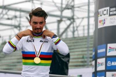 """Julian Alaphilippe vervult zijn grootste droom en trekt naar Belgische klassiekers in regenboogtrui: """"Ik ga genieten in de Ronde van Vlaanderen"""""""