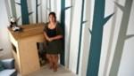 Geen job als decorbouwer in coronatijd, dan legt Anouchka zich toe op schilderen van (kinder)kamers