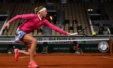 ROLAND GARROS. Petra Kvitova mag naar tweede ronde, regen opnieuw spelbreker