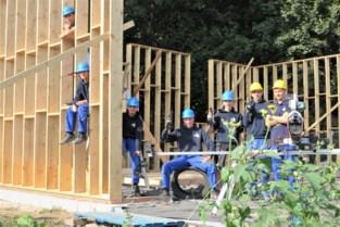 Leerlingen TSM doen praktijkervaring op met bouw van nieuw chiroheem