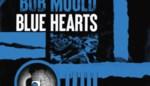 RECENSIE. 'Blue hearts' van Bob Mould: Het heilige vuur brandt nog ****