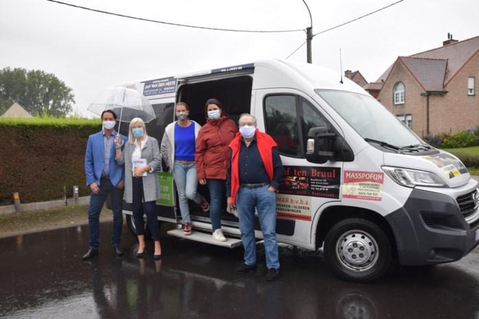 Herbi-bus brengt inwoners van Haaltert gratis van ene deelgemeente naar andere