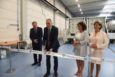 Minister opent nieuwe productielijn bij Group MAM