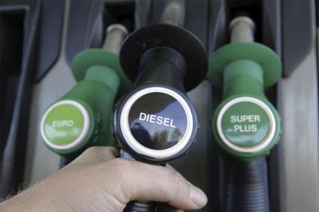 Benzine wordt vrijdag tikje goedkoper