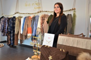 Charlotte (24) opent pop-up met trendy kledij