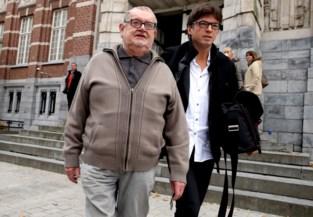 """Na veroordeling voor moord op zoon, staat peetvader nu terecht voor fraude: """"Extra straf is niet meer nodig"""""""