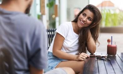 Meer dan vriendelijke interesse: wetenschappers bepalen voor het eerst het ultieme 'flirtgezicht'