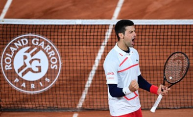 """Novak Djokovic staat in halve finales Roland Garros, ondanks """"een paar probleempjes"""""""