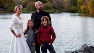 Staf Coppens en gezin vertrokken naar Zweden, collega's zwaaien hem uit
