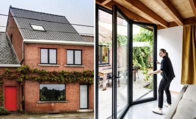 Halve ruïne wordt ruime gezinswoning: achter deze oer-Vlaamse gevel schuilt een strak en sober design