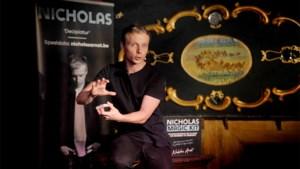 """Goochelaar Nicholas weer op het podium: """"Ik leg m'n publiek haarfijn uit hoe ik de truc ga doen"""""""