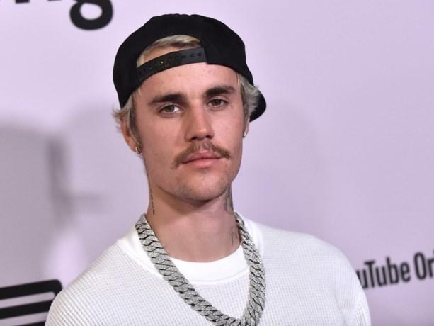 Dit zijn ze dan: de officiële Crocs van Justin Bieber