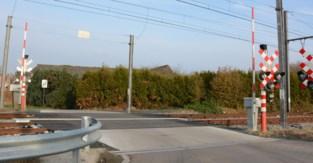 """Burgemeester pleit tegen sluiting kleinere spooroverwegen: """"Het wordt drukker en onveiliger"""""""